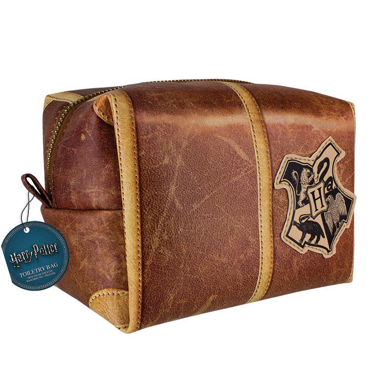 Harry Potter  Hogwarts Toiletry Bag Gamestop 5c9dca055541e